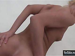 Sexy Babe Vanda Lust First Time Anal Sex And Caught On Tape