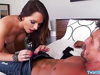 Cheating Glamcore Babe Facialized After Dickriding