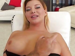 Gorgeous Exotic Hottie Squeezes Him Dry