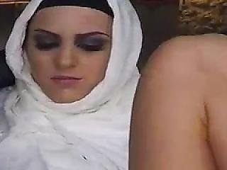 Shy Arab Girl And Luna Arab Tumblr Hungry Woman Gets Food And Fuck