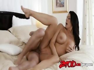 Busty Milf Regan Foxx Rides A Huge Cock 720p Tube Youporn Mp4