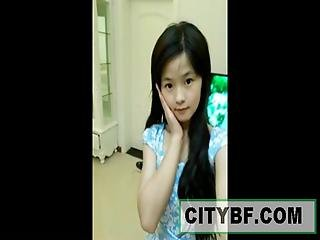S Cute Chinese Teen Dancing On Webcam