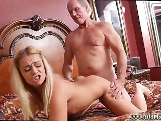 Brazilian Amateur Couple And Amateur Dorm Room And Poolside Pov Blowjob