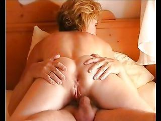 Blondsexy02