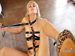 20 Seconds Cumshot On Blonde German