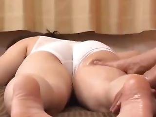 Japanese Massage--relaxing Muscle And Relieving Stress Full Legs