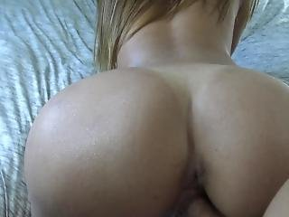 Perfect Body Milf Gets Fucked With A Finger Up Her Ass