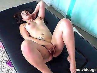 Vídeos Porno Hd De Virginal Angel Ends Up Screaming Cum In My Wazoo