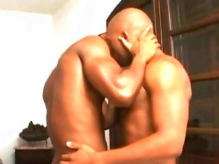 Muscle Gay Ask His Boyfriend To Have Sex In His House