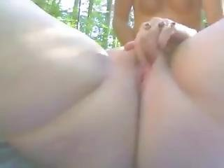 Mature_bisexual_dutch_threesome