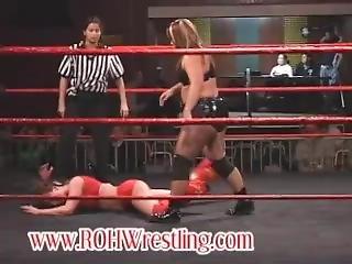 Christie Vs Lexie (pro Wrestling)