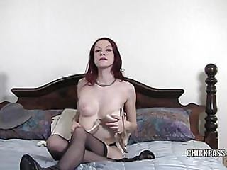 Kajira Is Masturbating In A Selfshot Clip