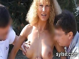 Flashing Sluts And Orgies Between Teens And Matures