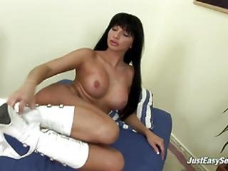 Big-titted Milf Dildoing Her Twat