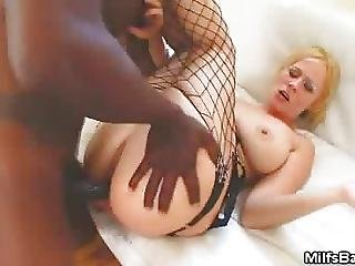 Creampie On This Milfs Tight Ass