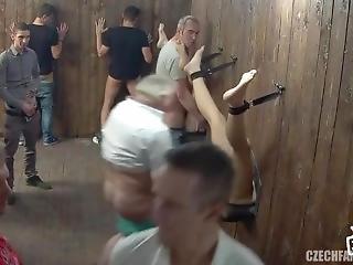 czeszka, seks grupowy