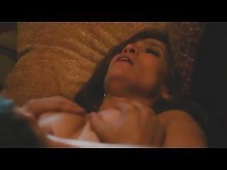 Jennifer Lopez, Lexi Atkins - The Boy Next Door 2015
