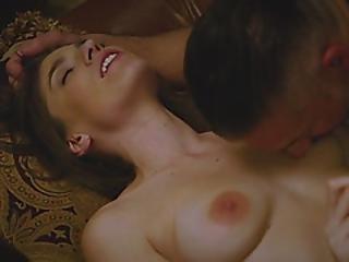 Horny Wild Brunette Is Having A Wonderful Time Having Sex