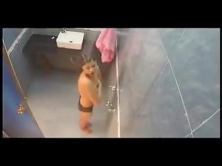 Hot-nude-bath.mp4