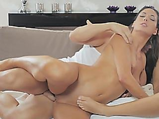 Cute Mom Fucked Hard In Wild Threesome