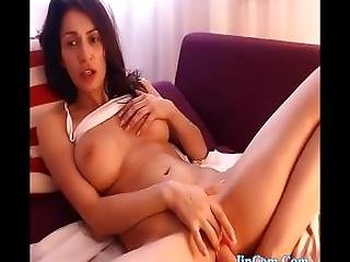 Beautiful Milf Fucks Dildo And Squirting Live Show