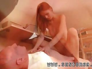 Teen Ass Facial And Teens Share Huge Dick He Was Hired To Do Her Make-up,