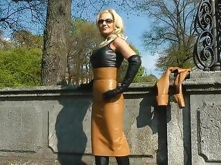 blondin, fetish, tysk, latex, läder, smärta, pov, offentligt, solo