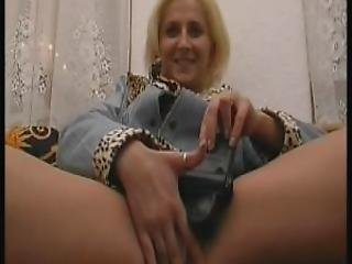 The Breast Milf Stripshow Around Julia Reaves
