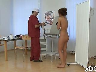 Skinny Teen With Nice Tities Is Pleasing Her Horny Doctor