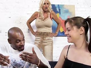 Tia Gunn And Angel Cakes Fucks Black Dick