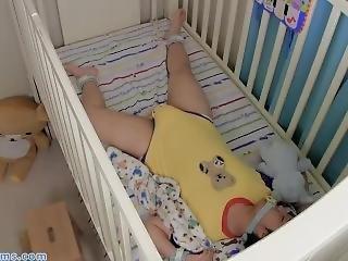 Babysitter, Fisting