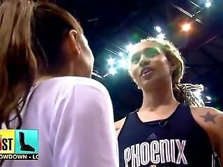 Basketball Player And 1.68cm Girl