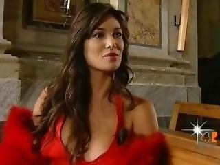 Manuela Arcuri - Underwear Topless - Rete 4