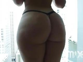 Thick Latina Gets Her Ass Groped And Worshipped