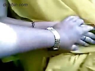 Muneera Anut Getting Exposed In Car Mms