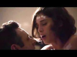 Lizzy Caplan Tits And Ass In A Sex Scene