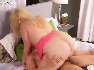 Sexy Blonde With Huge Ass