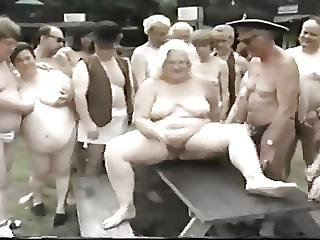 Chubby German Swingers1-stewbee
