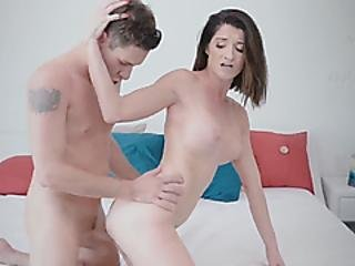 Hot Stepmom Silvia Saige Seduces Younger Tattooed Guy And Gets Fucked