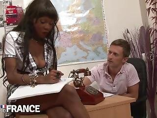 Good Deep Sodomy For An Uneuly But Sexy Ebony Student French