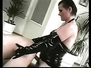Kat Bitch With A Leash