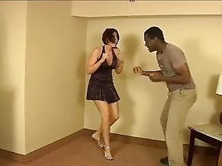 Scarlett Devine Fight