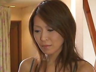 Seksowna brunetka seks analny