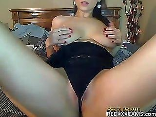 Hot Teen Showing Off In Webcam - Episode 53