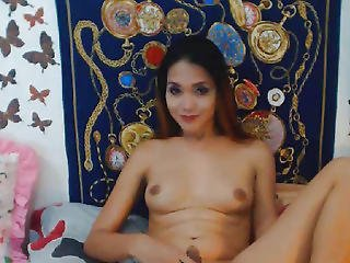 Passionate Shemale Goddess Out For Sex
