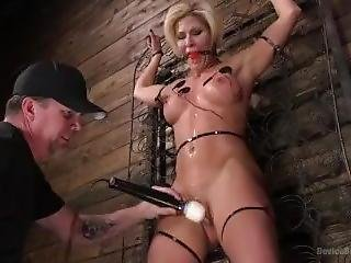Muscle Goddess Bound And Tormented