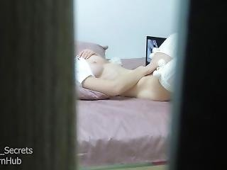 Step Sister Caught Masturbating While Watching Porn After Shower Amateur