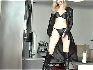 Leather Gloved Mistress