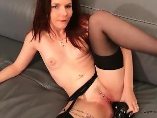 Cathy Crown Belgium X Star, Nude With A Big Anal Toy