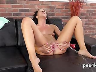 Stellar Kitten Is Peeing And Rubbing Hairless Slit